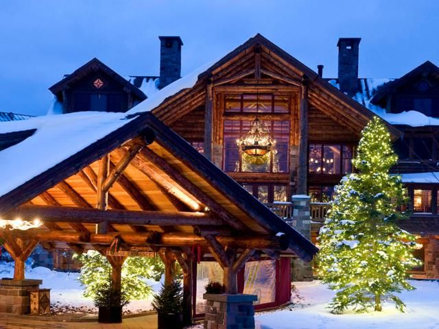 Looking for a fun winter getaway with kids in New York State? These kid-friendly resorts are guaranteed to please families with kids of all ages.
