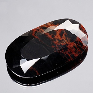 red obsidian/ This stones strong power of release  helps reduce blockages of the body & mind, working with digestive & blood related aliments. Used to relieve arthritis, cramps, bleeding, injuries, pain & joint problems