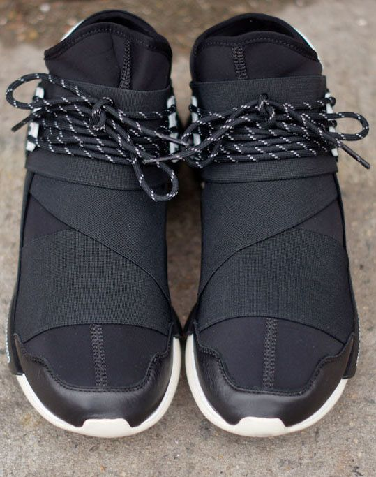 In these Y3's Yamamoto has out done himself!!! #sneakers