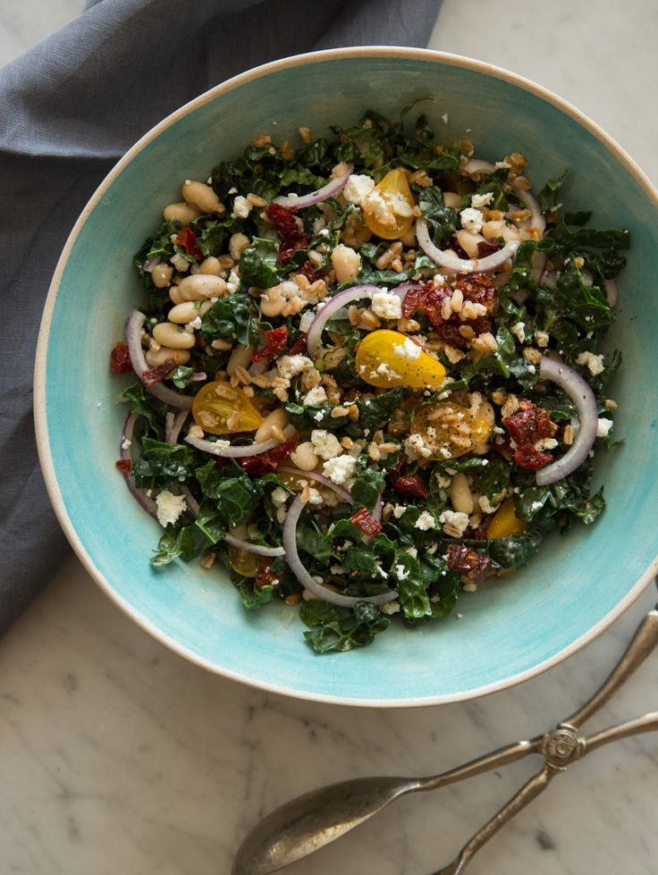 Kale White Bean and Farro Salad from @SpoonForkBacon perfect for Meatless Mondays