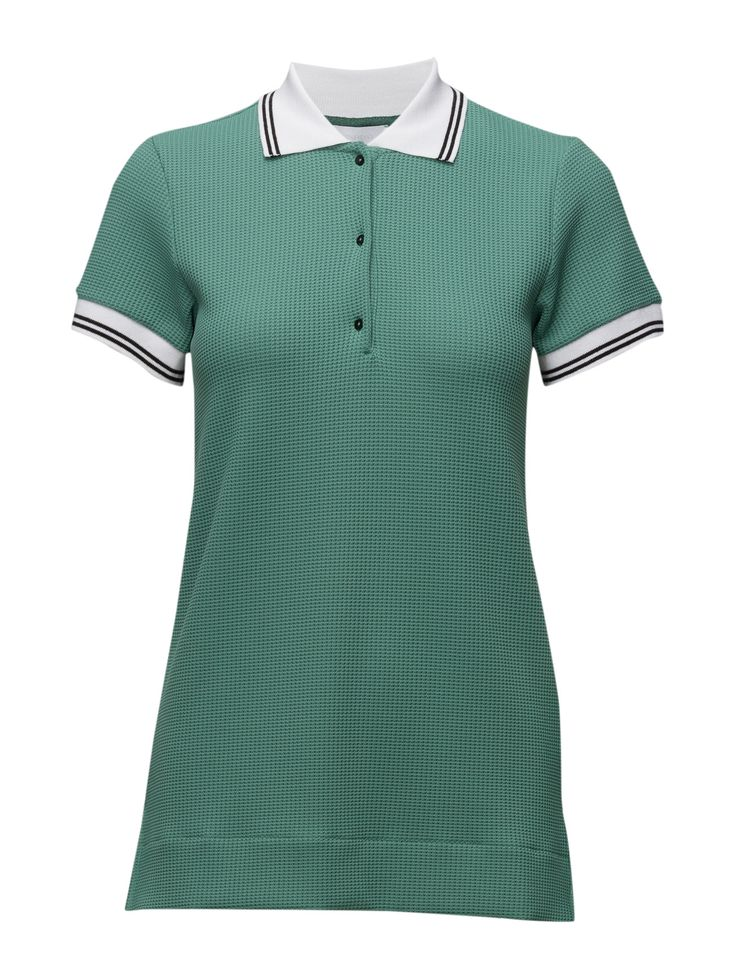 DAY - 2ND Polaris DAY - 2ND Polaris Waffle textured weave Polo collar and button placket Ribbed collar and cuffs Excellent quality and fit Functional Modern Practical Polo Golfer Golf Shirt