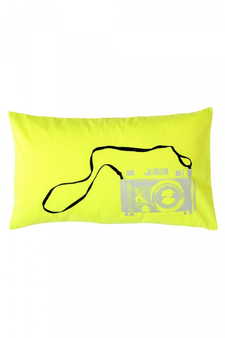 White stuff gateaux apron - La Cerise Sur Le Gateau Neon Fluo Cushion Coussin Clic Zest