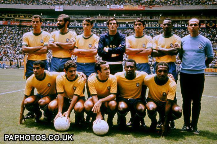 World Cup Mexico 1970 - Group 3 - Brazil v England 1970 --Brazil World Cup CHAMPION Team: Back Row L-R: Carlos Alberto, Brito, Wilson Piazza, Felix, Clodoaldo, Everaldo, Mario Zagalo. Front Row L-R: Jairzinho, Roberto Rivelino, Tostao, Pele, Paulo Cesar.