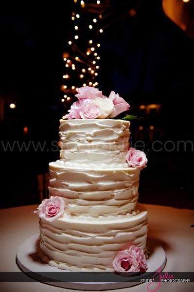 Thank you @keywestcakes for my dream wedding cake! #keywestwedding @Julie Ambos