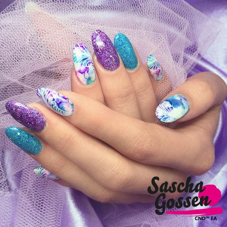 #CND #SHELLAC brand 14+ day nail color #CeruleanSea #WisteriaHaze #CreamPuff #glitter #ADDITIVES #stamps #stamping #stampingnailart #CNDWorld #nailart #naildesign #nails #Sharpies #CNDGoWithAPro #CNDShellac #enhancements #nailtech #nailpro #CNDNederland