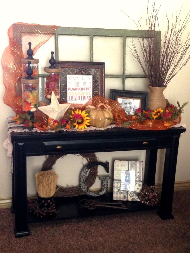 Fall Decorating on the sofa table