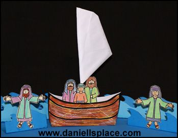 Envelope Boat Bible Craft for Jesus Walks on the Water (also could use for Jesus calms the stormy sea?) www.daniellesplace.com