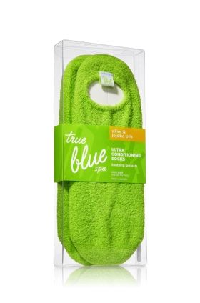 Gel Socks - True Blue® Spa - Bath & Body Works. These are the best socks, they make your feet so soft!