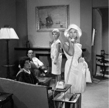 Αφιέρωμα σε πέντε κυρίες του παλιού Ελληνικού κινηματογράφου