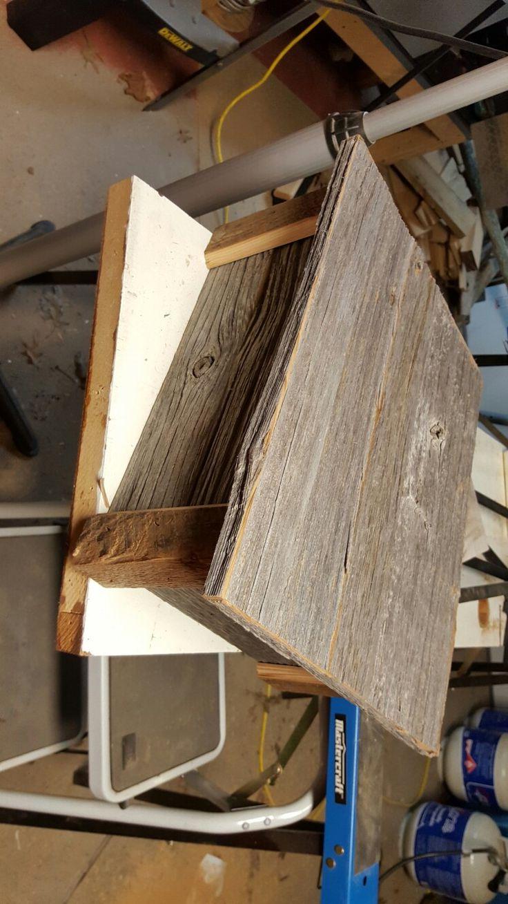 Barn board keepsake box. Shabby chic.