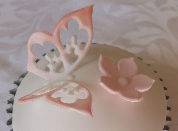 Flutterby by Cupcakes à la carte