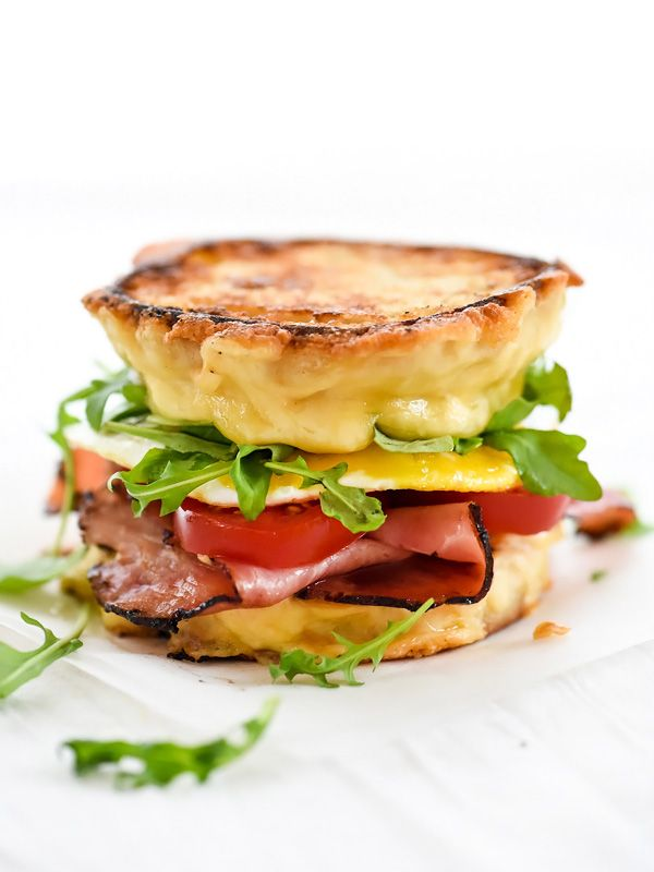 Ham and Smoked Gouda Grilled Cheese Breakfast Sandwich - foodiecrush
