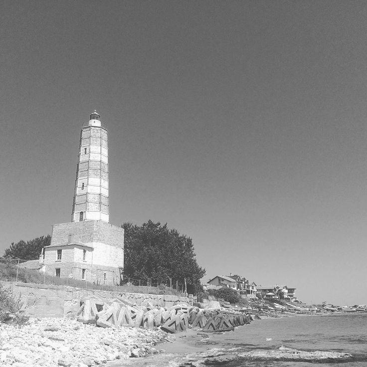 "25 харесвания, 1 коментара – Dragomir Garbov (@dragogarbov) в Instagram: ""Bulgaria's oldest lighthouse (1857) in Shabla. #lighthouse #shabla #blacksea #maritime #sea #seaside"""