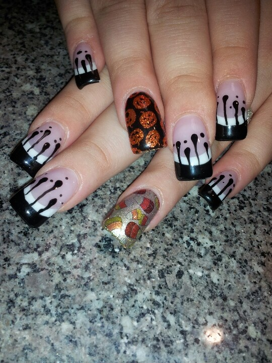 Halloween nails, black blood drips | Nails, Halloween ...