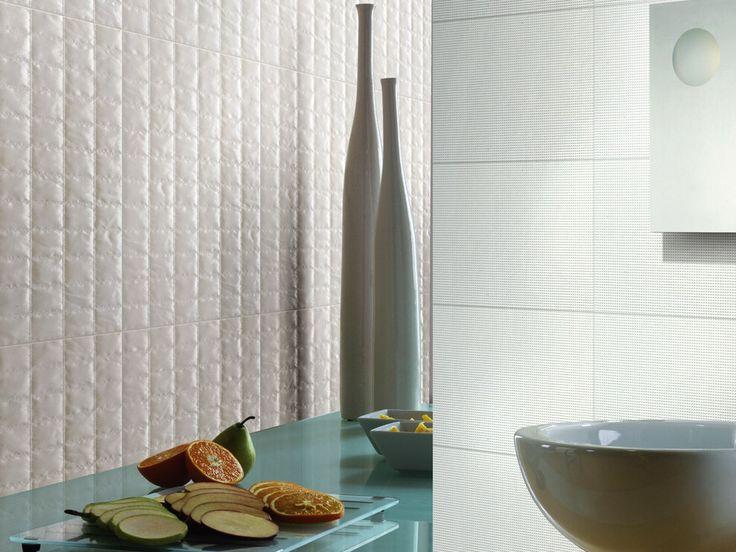 Rough surface  Wall tile Q2300CM4 600 x 300 mm