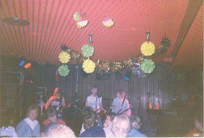 Sorbus Band ravintola Archie'ssa Popedan lämppärinä 1988