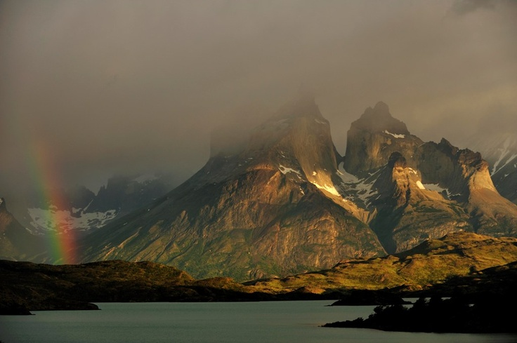 This is part of Katsuyohi Tanaka's, renowned photographer who will lead the expeditions,  work in Patagonia.