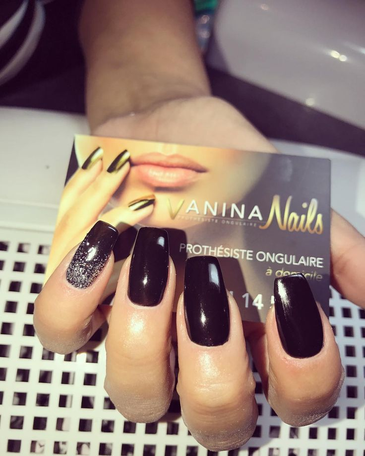 #byvaninanails#vaninanails#vanina#nails#ongles#prothesisteongulaire#nice#cannes#monaco#paris#miami#mains#modele#model#pub#publicite#tele#stars#people#girl#girly#