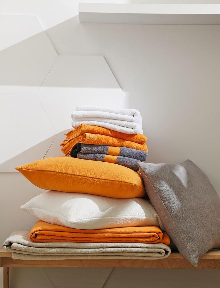 Plaid jet de lit blanc des vosges kerala motifs for Chambre kochi