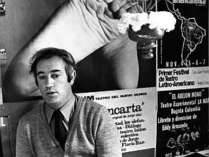 """En el año 1960 creo su primer libro denominado: """"El Cepillo de Dientes"""""""