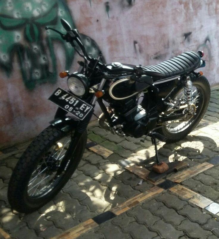 Honda gl100 black concept