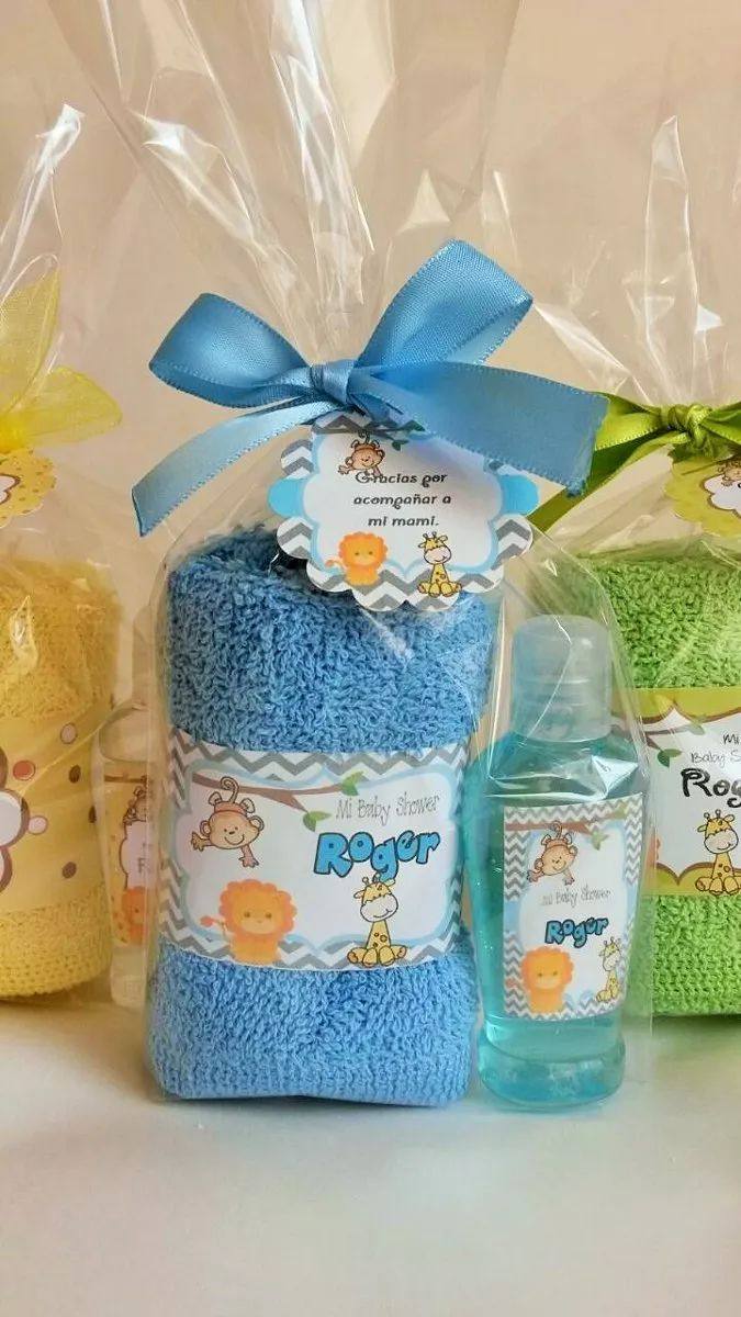 kit toalla facial y gel antibacterial o crema. recuerdos