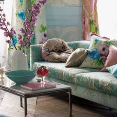 guild, damask, velvet, sofa, living room, floralBath Painting, Design Guild, Home Accessories, Designer'S Guild, Fabrics Wallpapers, Luxury Homes, Designers Guild, Wallpapers Collection, Tricia Guild