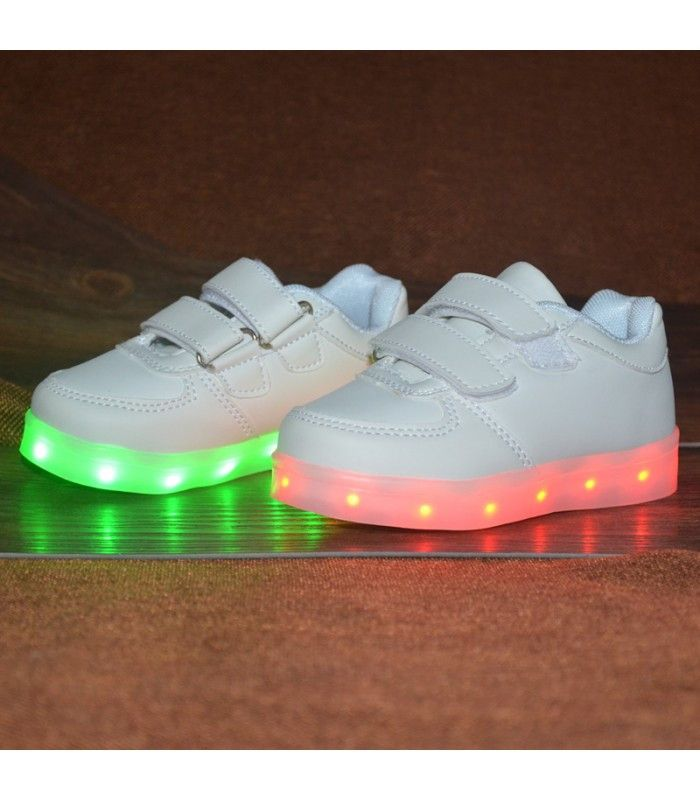 Toddlers Sneakers LED Light Up Shoes Low Top | White