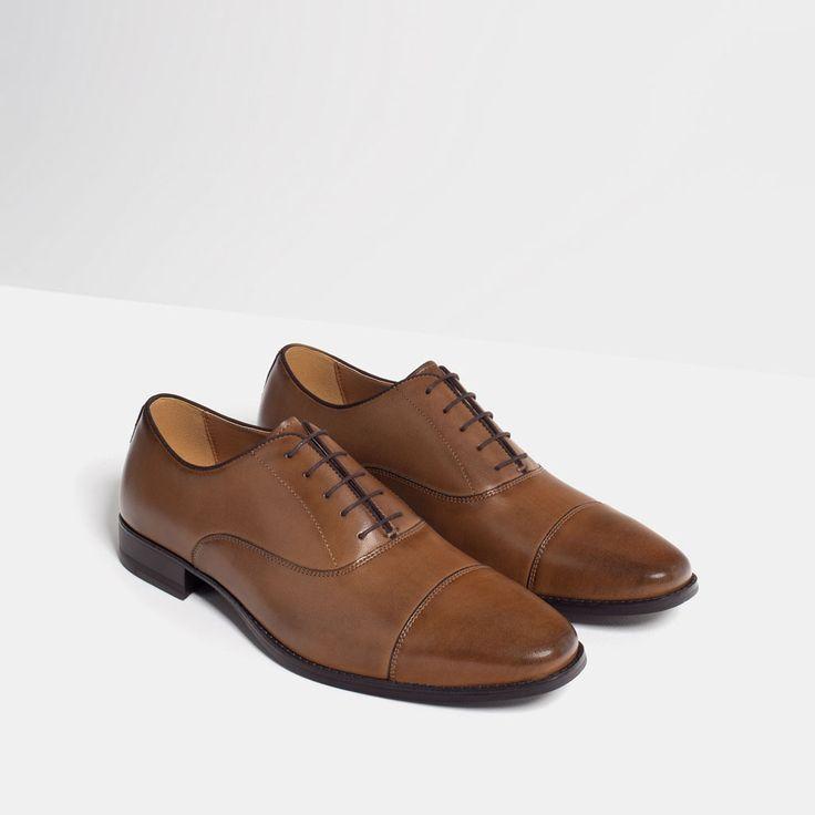 Botas, tênis e sapatos masculinos da Nova Coleção Prada Confira a seleção impecável de Raffaello disponível na Loja Online em compre qualquer modelo em até 12x.