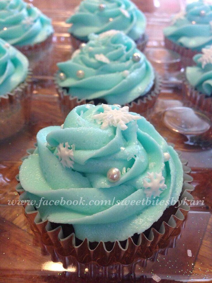 Frozen Theme Cupcakes.  Like us: www.facebook.com/sweetbitesbykari