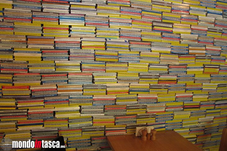 Un utilizzo #alternativo della #cultura. Una parete fatta di #libri