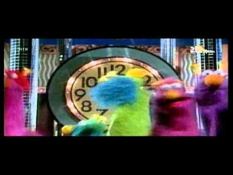 Liedjes Sesamstraat We gaan het klokje rond.mpg