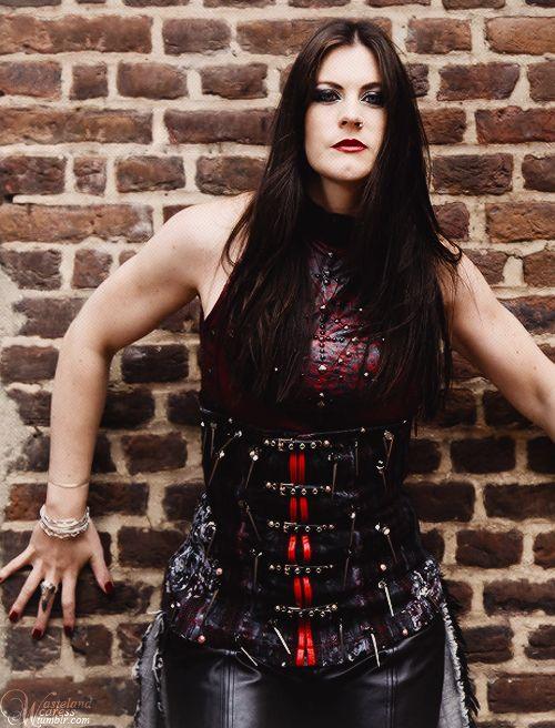 Floor Jansen, lead singer of Nightwish, the true metal Queen ever!