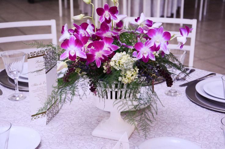 Arranjo de flores - Mesa dos convidados