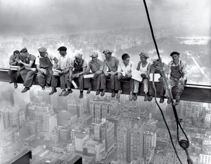 Lunch Atop a skyscraper 1932 - bored panda - top 100 world photos-  most influential of all time. Some are very disturbing