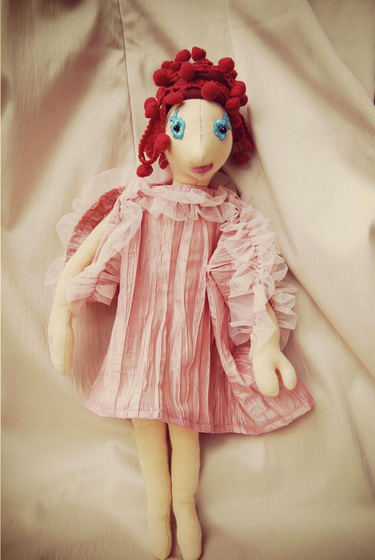 Vörös hercegkisasszony alvó ruhában