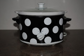 How to paint your Crock PotDiy Ideas, Crafts Ideas, High Heat, Diy Crafts, Crockpot, Crafty Things, Sprays Painting Crock Pots, Simple Things, How To
