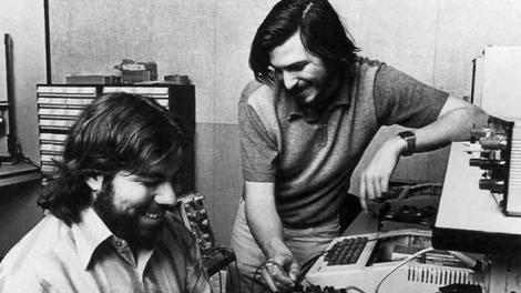 Apple co-founder Steve Wozniak backs FBI fight but isn't sure about the Apple Watch