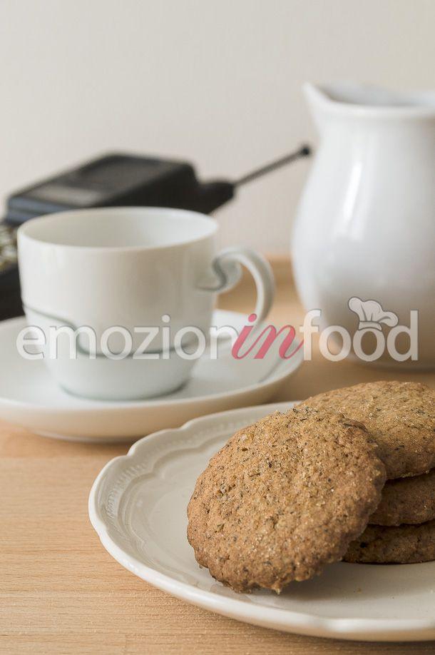 Biscotti di grano saraceno e zucchero di canna.