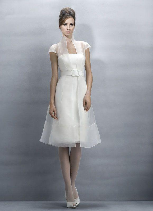 JESUS PEIRO 154 MANTEAU ET ROBE COURTE Créateurs Vente robes et accessoires de mariée Marseille - Sonia. B