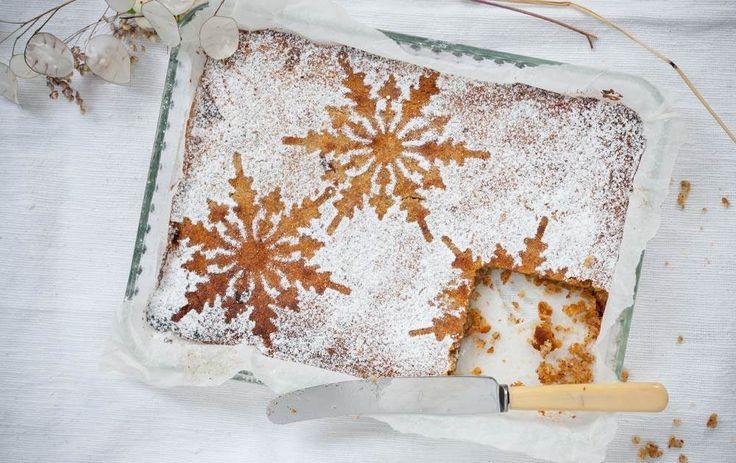 Denne kage er glutenfri, men alt andet ved den er til gengæld usundt på den helt rigtige søde, snaskede måde.