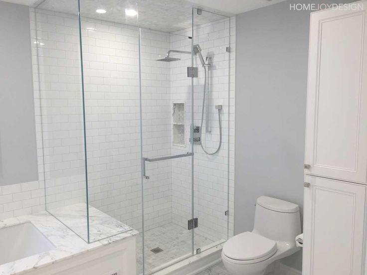 HOME JOY DESIGN | Master bathroom with marble and glass shower