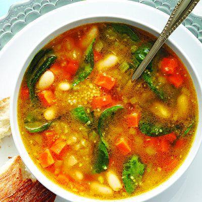 Hearty quinoa and bean soup