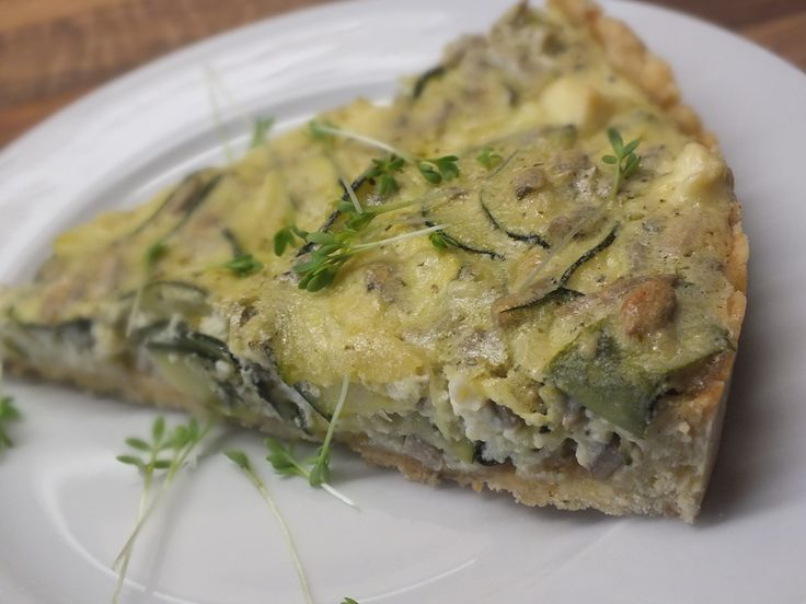 Schafskäse - Zucchini - Quiche, ein tolles Rezept aus der Kategorie Tarte/Quiche. Bewertungen: 363. Durchschnitt: Ø 4,5.