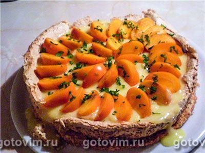 Торт безе с нектаринами и лимонным кремом. Фотография рецепта