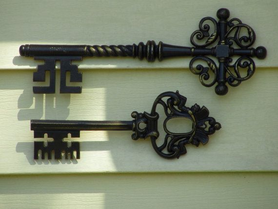Bed Bath And Beyond Metal Mirror Wall Decor : Skeleton keys sexton metal wall art vintage home by