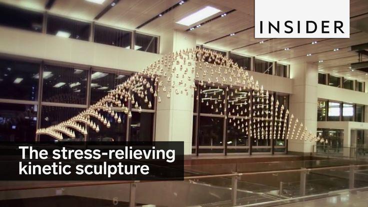 La escultura cinética del aeropusrto de Singapur [Vídeo]