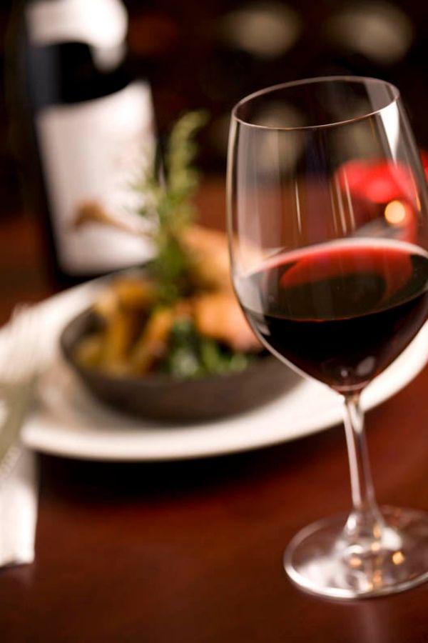 10 Amazing Health Benefits Of Red Wine