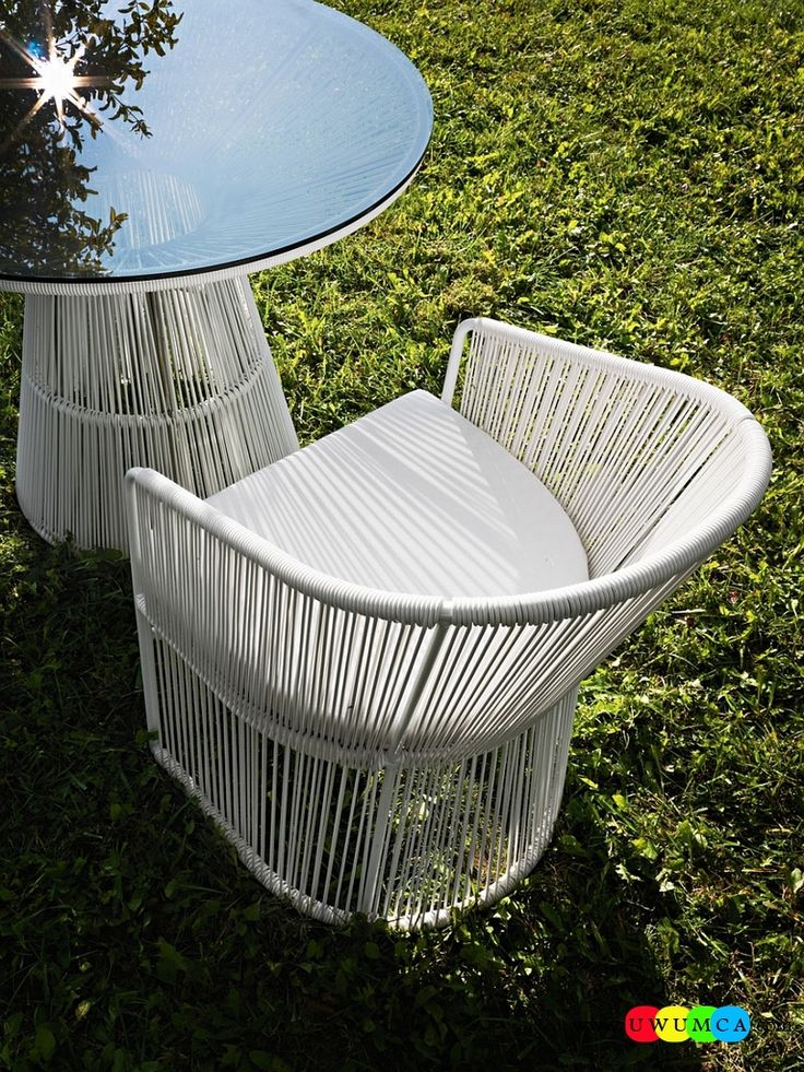 Furniture:Rustic Outdoor Summer Lounge Furniture Collection Easy Summer Garden Lounge Escapes Sofas Chairs Bar Table Set Stylish Outdoor Seating Insipired By The Platner Table And Chairs Luxurious Outdoor Decor Fruniture Collection To Enliven Your Relaxed Summer Lounge!