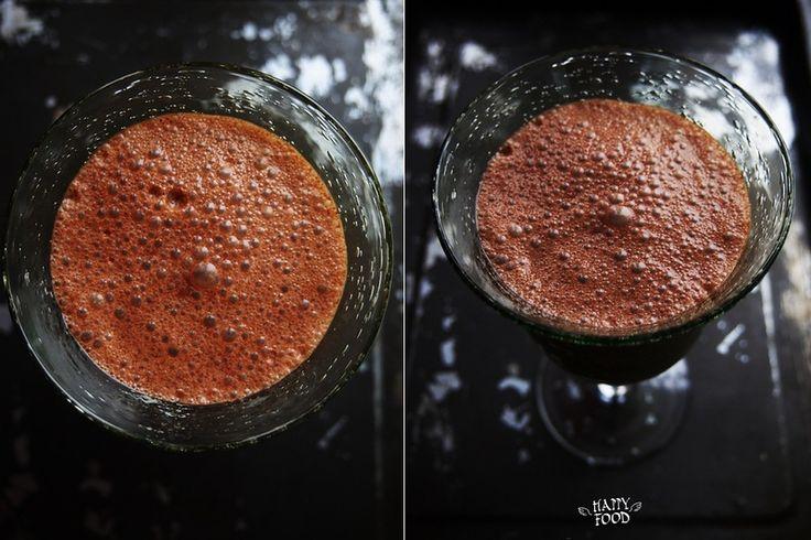Ласси как мы знаем индийский ответ нашему молочному коктейлю! Вкусно и еще раз вкусно! Можно как выпить на завтрак так и на ужин - удовольствие в любом случае…